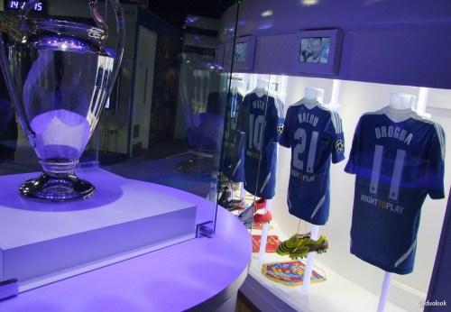 puchar-ligi-mistrzow-2012-drogba-chelsea-fc-stamford-bridge-stadion-zwiedzanie-atrakcje-londynu-pilka-nozna-32