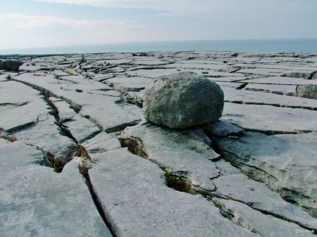 black-head-burren-Murrooughtoohy -wild-atlanltic-way-irlandia-naturalne-atrakcje-09