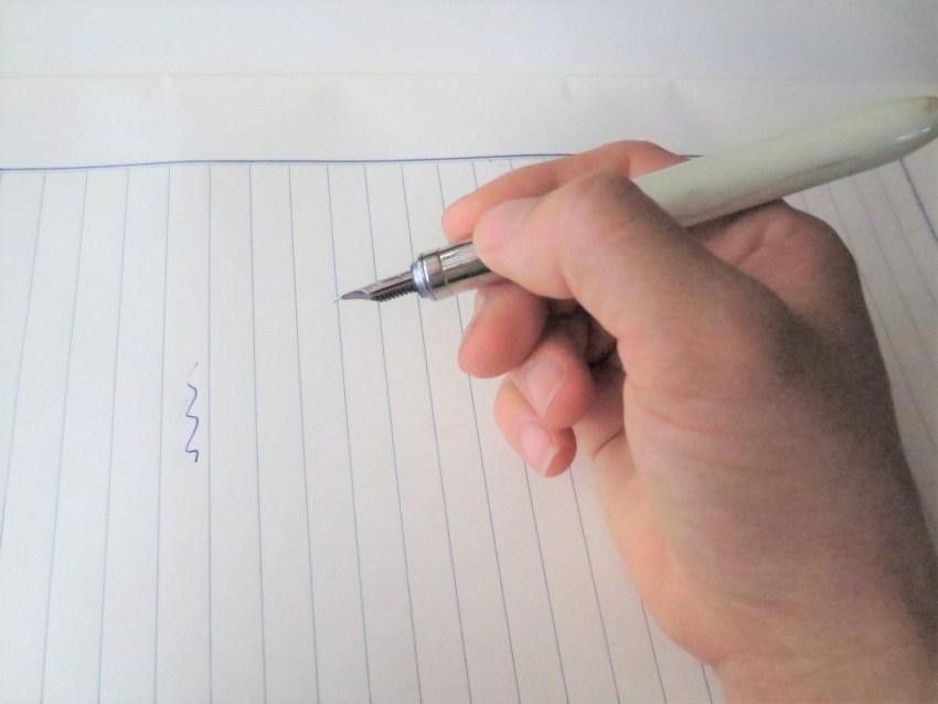 万年筆の使い方 ペンと楽しく暮らすためにしっておきたいこと