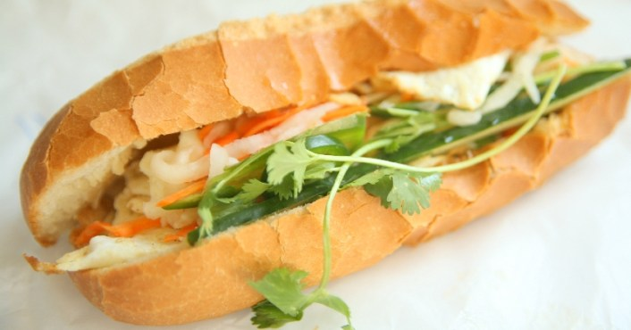 Vietnamese baguette (banh mi) for students in Duong Lam ancient village