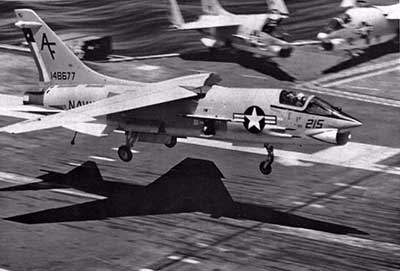 f-8 crusader carrier takeoff and landings