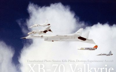 Jet Friday – Unauthorized Photo Session Kills Pilots, Destroys Experimental Aircraft