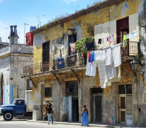 Cuban apt bldg photo by Jenifer Joy Madden