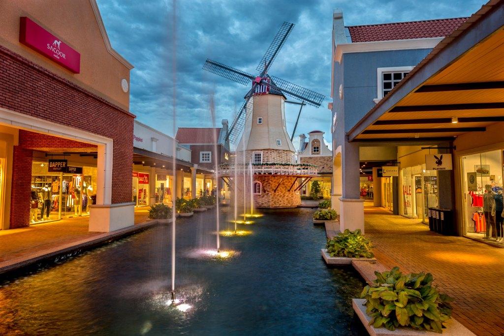 Freeport A Famosa Outlet | 25 tempat menarik di Melaka untuk dilawati seisi keluarga