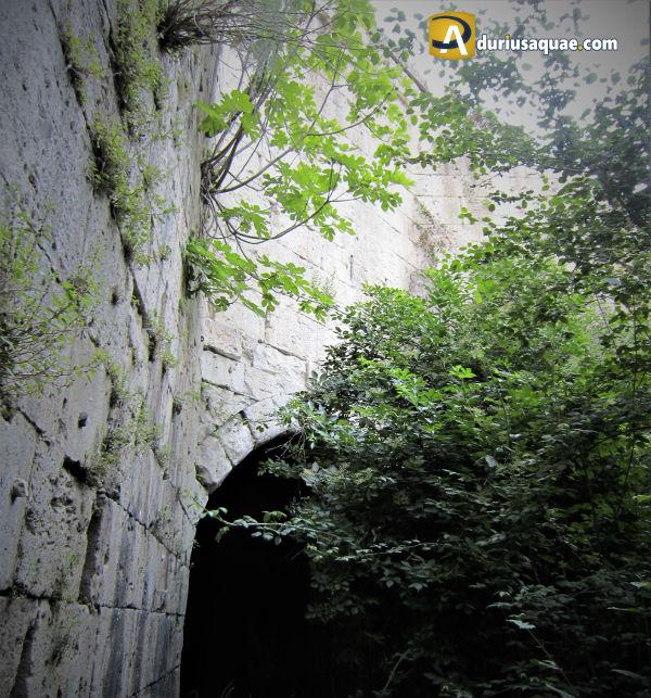 El Berrocal, además de arroyo: ¿fuente? ¿puente? ¿acueducto?