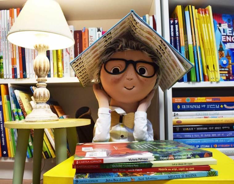 Librarul-cu-Papion