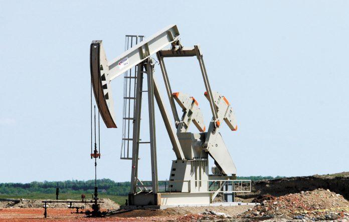 美油重挫4% 創近5個月新低   星島加拿大都市網 多倫多