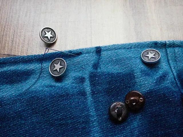 Itajime shibori tie-dye Bleached Studded Denim Jacket DIY Changing buttons