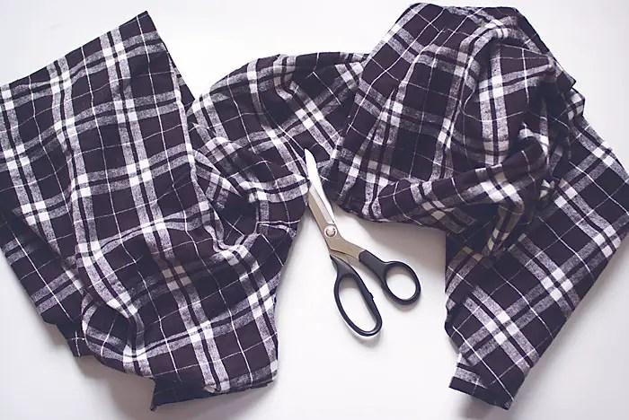 diy-fashion-Flannel-Pants-To-Scarf-steps-Feb-21-2015-02