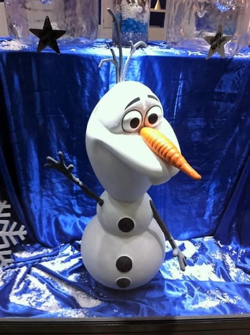 İnsanın her an yanı başında bir Olaf bitivermiyor!