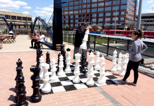 Giant-Chess-Buffalo-NY-730x502