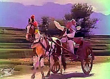 Asha Parekh, Joy Mukherji and a ghoda gaadi in Phor Wohi Dil Laya Hoon