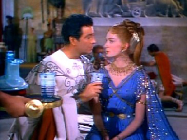 Marcus begins preying on Lygia