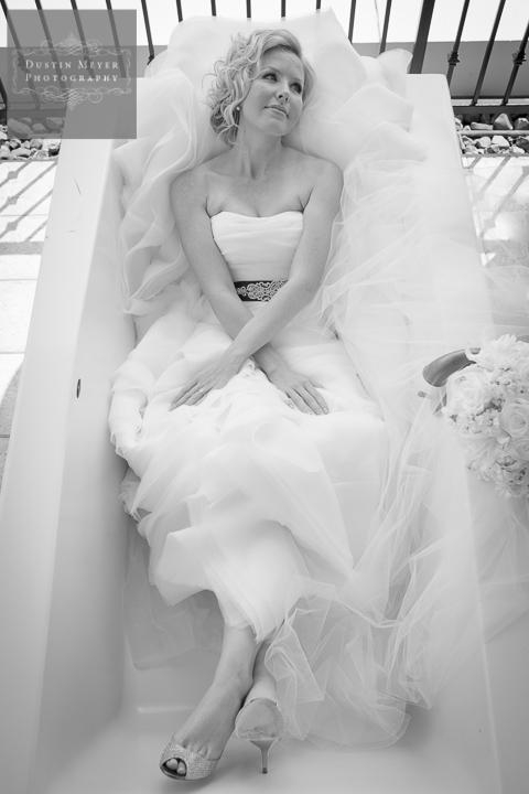 black and white bridal portraits bath tub hotel balcony hotel Zaza Houston