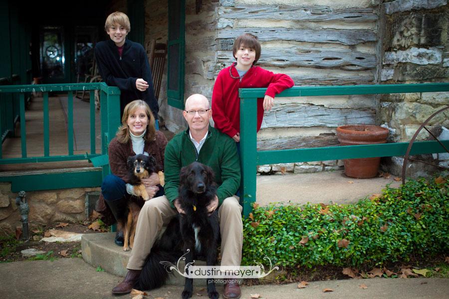 Austin Family Portraits: Dustin Meyer presents the Seaton Family