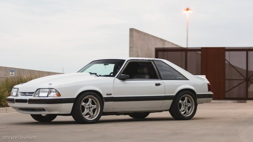 small resolution of the fox body is now wandering into the 25 year old range depending on what year you own this means it s starting to become a classic and when that