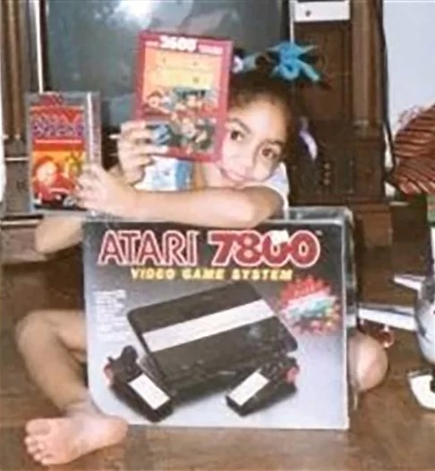 Dianna Lora Profesyonel Kadın Bilgisayar Oyuncusu