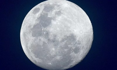 Mavi Ay Bu Gece Oluyor 1