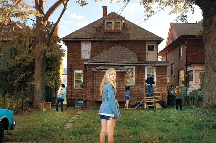 it follows house