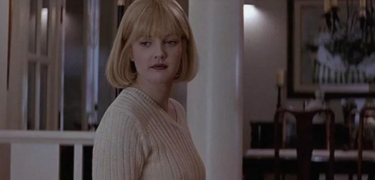 Drew Barrymore Screamde rahatsiz edici telefonlar aliyor.