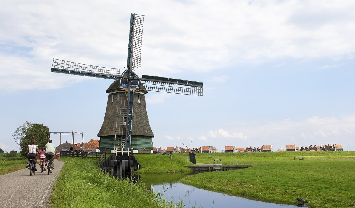 dutch-must-see-tipical-landscape-to-do1-e1481203877562
