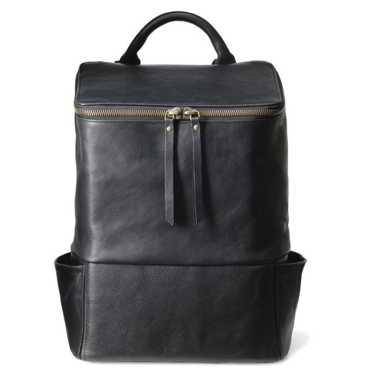 DAPHNY-RAES-black-luxury-leather-laptop-backpack-jamie-front-antique-gold_2000x