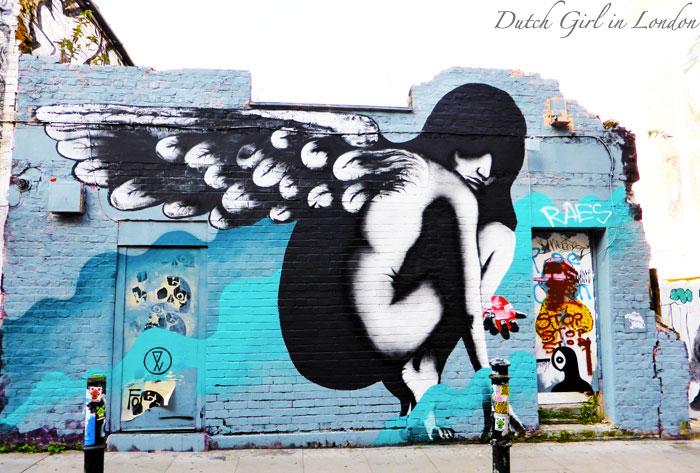 Eels-street-art-Hanbury-Street-London