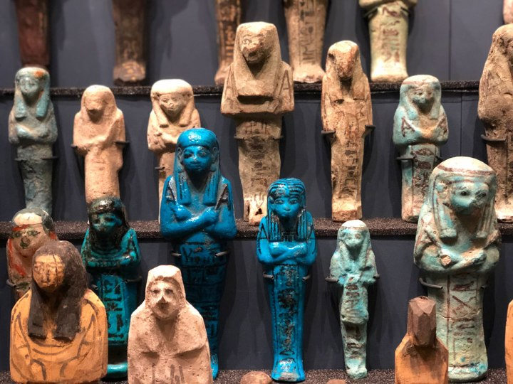 Secret London Tip: Discover the Petrie Museum, Home to the World's 4th Largest Ancient Egyptian Collection!