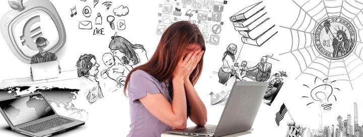 vrouw die tegen een burnout aanloopt door te veel hooi op de vork te nemen