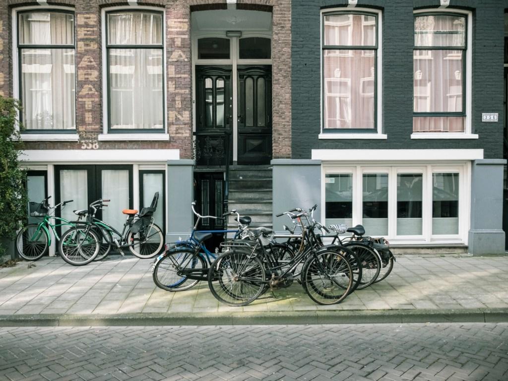 De Pijp Amsterdam - Dutchie Love