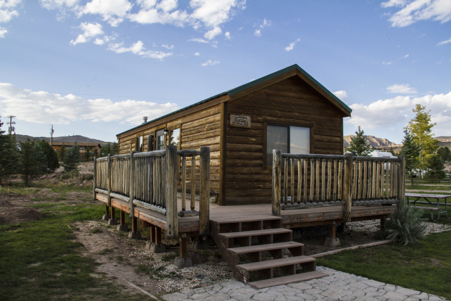 Cabins Green River And Flaming Gorge Area