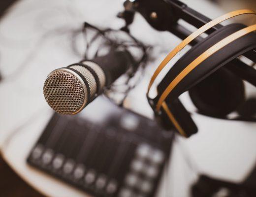 Microfoon met koptelefoon