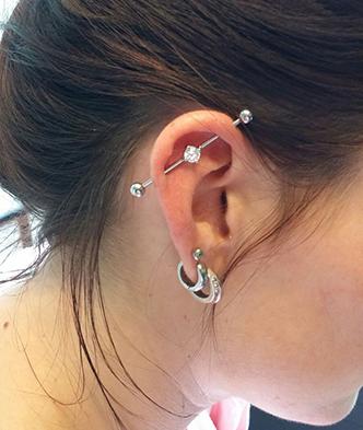 industrial-piercing-helix-kraakbeen-oorringen