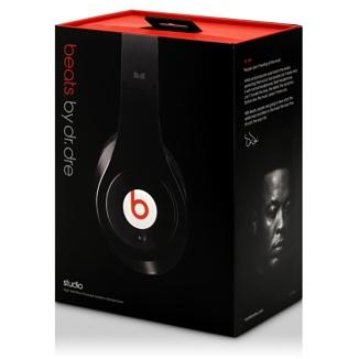 Escucha música o ve películas en tu móvil o reproductor portatil con un sonido potente y preciso.