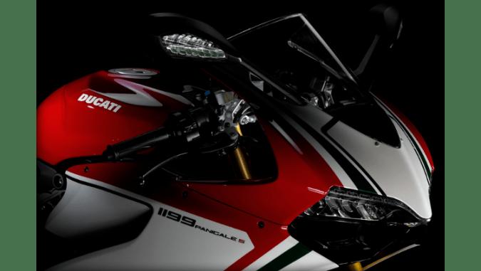 La 1199 Panigale fija una nueva marca a batir en su segmento, y su llegada representa un momento histórico para la familia Ducati Superbike.