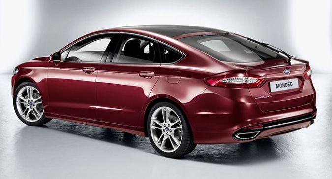 El nuevo Ford Mondeo llegará a mediados de 2013 con cinturones hinchables posteriores