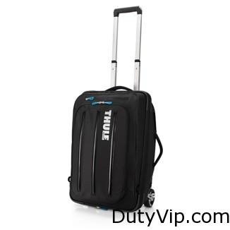 Las correas se pliegan fácilmente y permiten transformar rápidamente la bolsa con ruedas en una mochila.