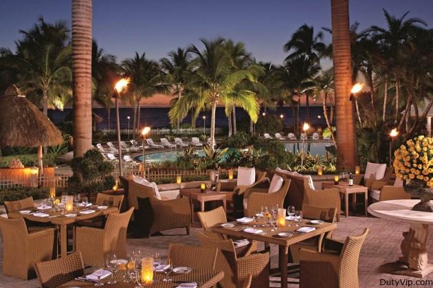 El famoso restaurante italiano Cioppino em el hotel Ritz-Carlton Key Biscayne