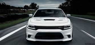 El Dodge Charger SRT® Hellcat es el sedan más veloz, rápido y potente de todos+.