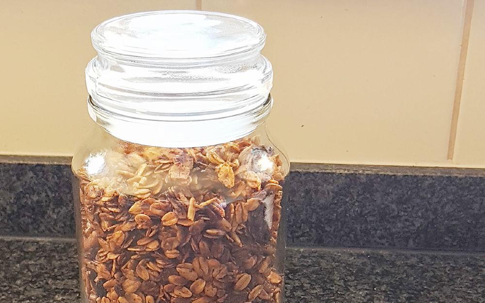 Recept: plantaardige, zerowaste granola