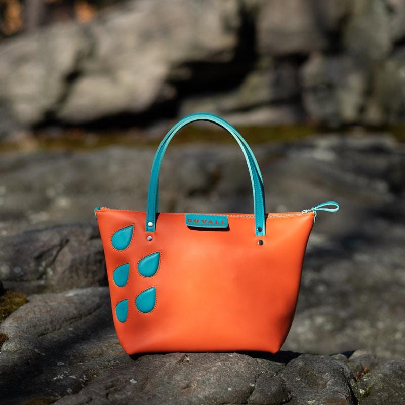 Spring handbag with raindrops