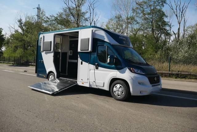 Annonces Camions Chevaux A Vendre Basse Normandie Equitransport Com