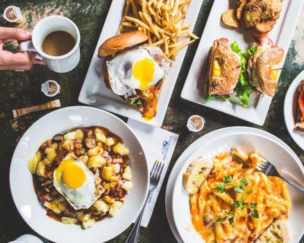 Order Eggspectation (Esplanade) Delivery Online | Toronto | Menu & Prices |  Uber Eats