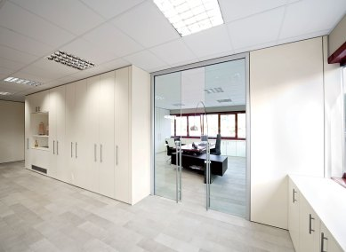 pareti-da-ufficio-parete-attrezzata-1