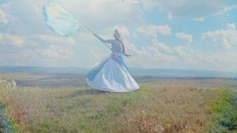 В День крымскотатарского флага новый клип на песню Зоре Кадыевой