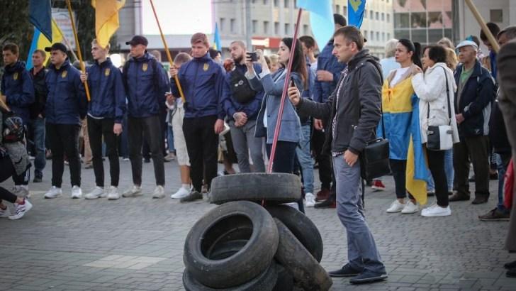 Митинги в Херсоне против формулы Штайнмайера