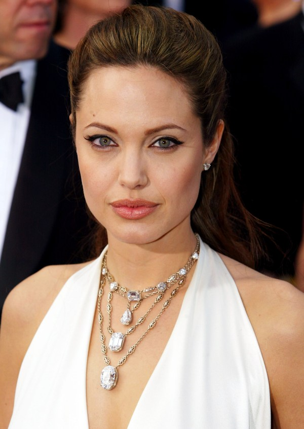 Angelina Jolie Double Mastectomy Reduce Risk Of Breast Cancer Dvdbash