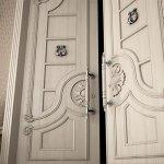 Декупаж дверей