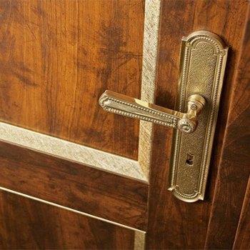 Расширение ассортимента дверных ручек