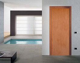 Шпонированные строительные двери